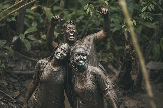Trilha da lama | Temporada de Férias Acampamento Aruanã